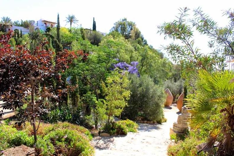 Spain Water Garden Pots Buddah